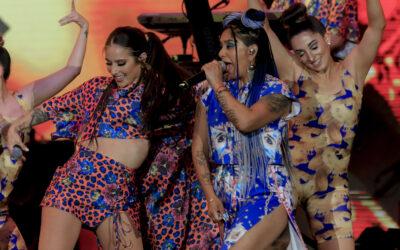 """""""Báilalo Mujer"""" sonó fuerte con las voces de Flor de Rap y   Denise Rosenthal en el Festival de Las Condes"""